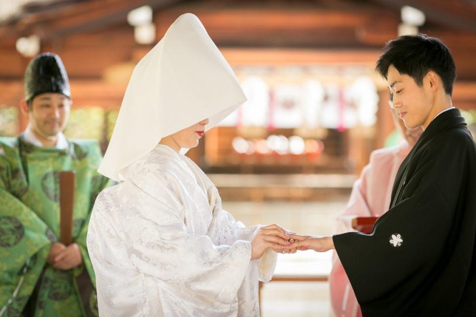 豊国神社結婚式指輪交換